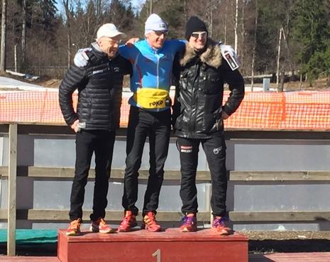 Stark H 40-trio efter söndagens masstart. Tvåan Dan Moberg, ettan Oskar Svärd och trean Tobias Westman. FOTO: Fredrik Larsson.