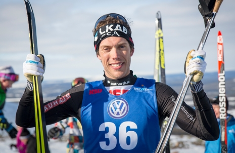 Marcus Hellner glad vinnare på hemmaplan. FOTO: Yngve Johansson, Imega Promotion.
