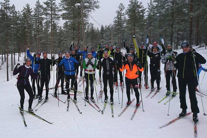 Stort gäng från Träna för Vasan på läger i Orsa Grönklitt. I vinter har Stockholmsbaserade Träna för Vasan tränat hela 250 deltagare som gjort stora framsteg i skidspåren. FOTO: Träna för Vasan.