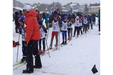 Många ungdomar kom till start i snörik upplaga av Kirunaspelen. FOTO: Kirunaspelen.