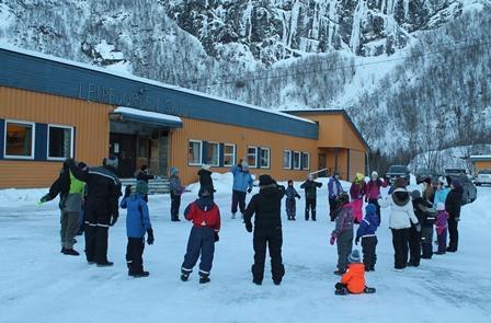 Snødag på Leirfjorden skole