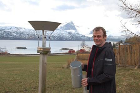 Nedbørobservatør Johan Carlsen