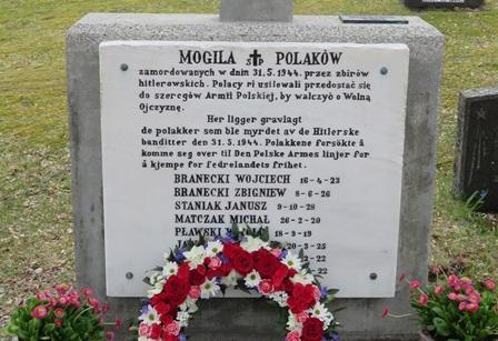 Nyoppusset polsk minnestøtte på Helland
