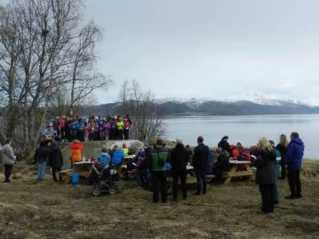 Markering i Røsvik kystfort