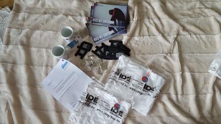 Brosjyrer, T-skjorter og brev fra landsforbundet mot stoffmisbruk