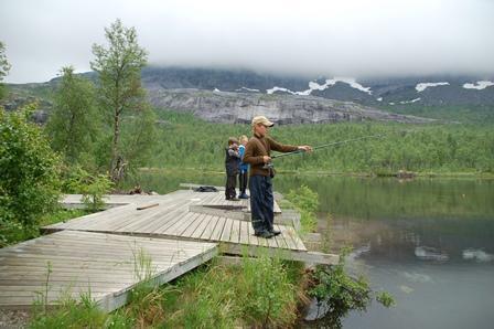 Fiskebrygge ved Gjerdalsvatnet