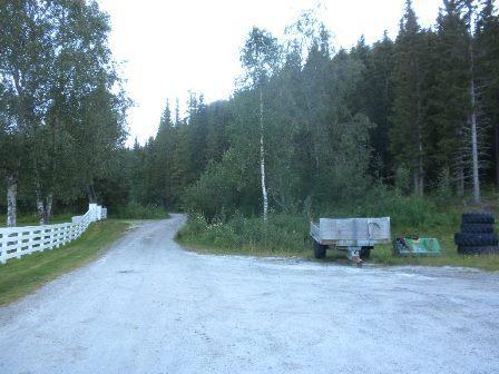 Parkeringsplass ved Røsvik kirkegård
