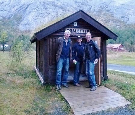 F.v. Tor Ankjell, Gisle Hansen og Eirik Stendal på befaring i Lakshola