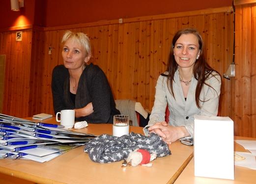 F.v. Gunnbjørg OLufsen og Lillian Martinussen fra Sørfold kommune