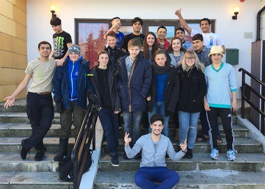 Ungdomsrådet på besøk på Mottakssenteret i Røsvik