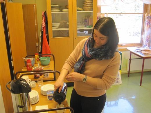 Liv Reffhaug i kjøkkentjeneste