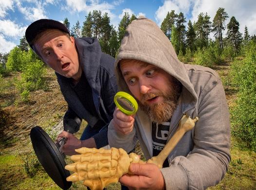 F.v. John Kristian Karlsen og Ole Anders Seines som Kalle og Tralle