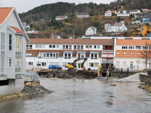 Elveparken bygges i Lundeåna