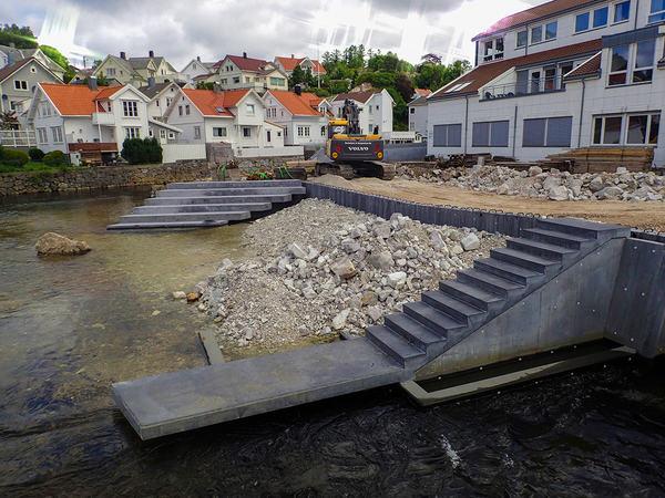 Bygging av elvepark