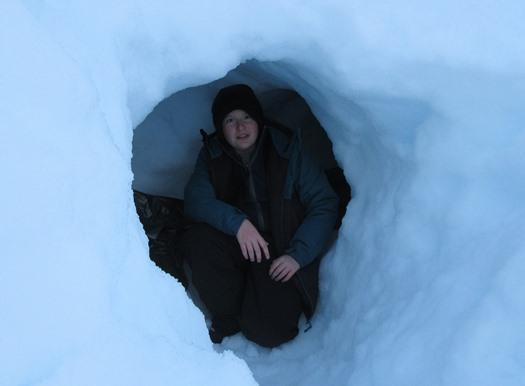 Lars i snøhule