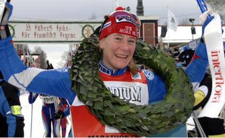 Elin efter Vasaloppssegern 2007. FOTO: Vasaloppet/Nisse Schmidt.