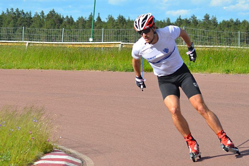SM-tvåan från Helsingborg, IFK Moras Victor Gustafsson, är en av åkarna i den svenska truppen till rullskidvärldscupen i Torsby. FOTO: Johan Trygg/Längd.se.