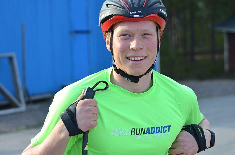 Alfred Buskqvist, IK Stern, är en av åkarna i den svenska truppen till världscupen på rullskidor i Lettland. FOTO: Johan Trygg/Längd.se.