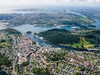 Flyfoto over Egersund sentrum