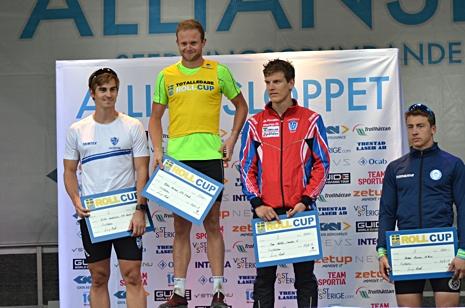 Toppen i H 21: Victor Gustafsson (2:a), Robin Norum (1:a), Tom Fahlén (3:a), Anton Persson (5:a). FOTO: Johan Trygg/Längd.se.