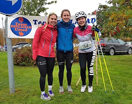 Damklassen vanns av Linda Danvind här i mitten omgiven av tvåan och trean Maria Söderström och Amanda Flodell. FOTO: Arrangören.