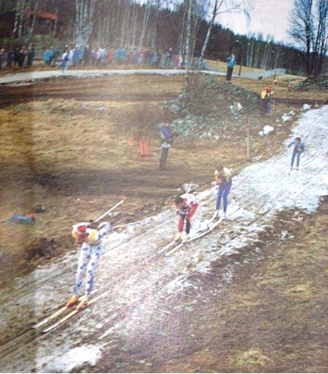 Det var inte mycket snö under världscupen i Falun 1989. Tveksamt om dagens världscupåkare skulle ställa upp under dessa förhållanden.
