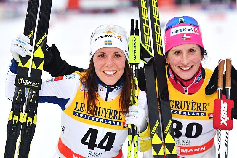 2,6 sekunder är Charlotte Kallas ledning före Marit Björgen inför söndagens jaktstart i Ruka. Idag vann Björgen med 17 sekunders marginal till Kalla. FOTO: Petter Arvidson/Bildbyrån.
