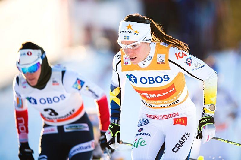 Charlotte Kalla åkte ifrån Heidi Weng och alla andra på ett suveränt sätt under dagens skiathlon i Lillehammer. FOTO: Jon Olav Nesvold/Bildbyrån.