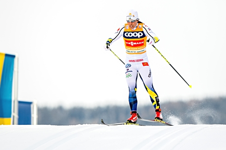 Charlotte Kalla kunde inte hålla undan för fem jagande norskor. FOTO: Jon Olav Nesvold/Bildbyrån.
