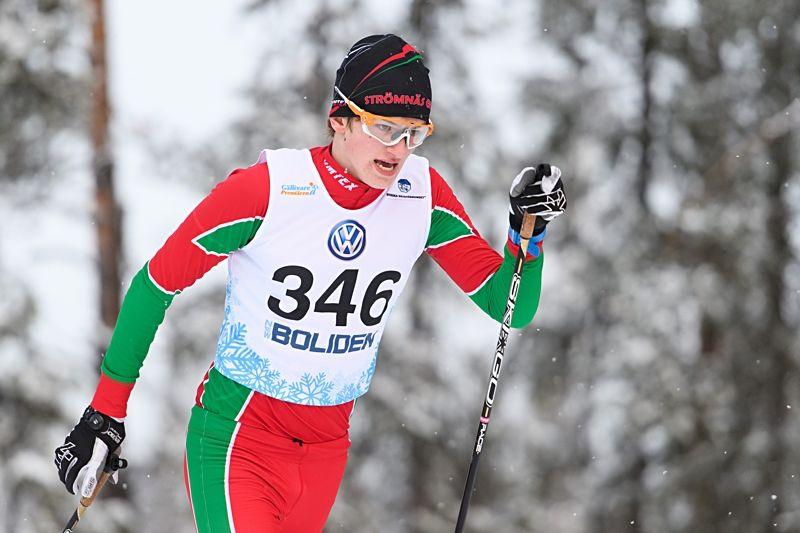 På Jonsson vann dagens 10 kilometer klassiskt vid nordiska juniorlandskampen i Finland. FOTO: Carl Sandin/Bildbyrån.