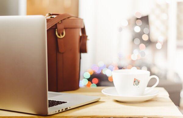 PC jobbe på kafé