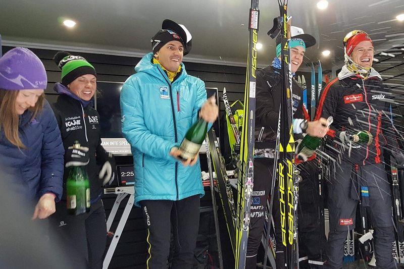 Toppåkarna i Åre Swix Open 2017. Från vänster: Laila Kveli, Lina Korsgren, Tore Björseth Berdal, Andreas Holmberg och Oskar Kardin. FOTO: Åre Swix Open.