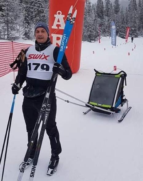 Petter Alexis Askergren hade inte draghjälp utan fick dra själv på 10-kilometersloppet. FOTO: Åre Swix Open.