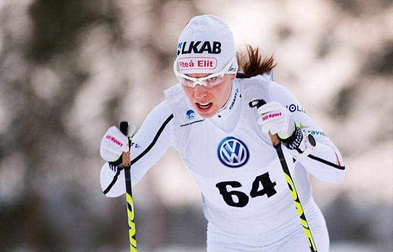Charlotte Kalla vann klart vid Skandinaviska cupen i Piteå. FOTO: Simon Eliasson/Bildbyrån.