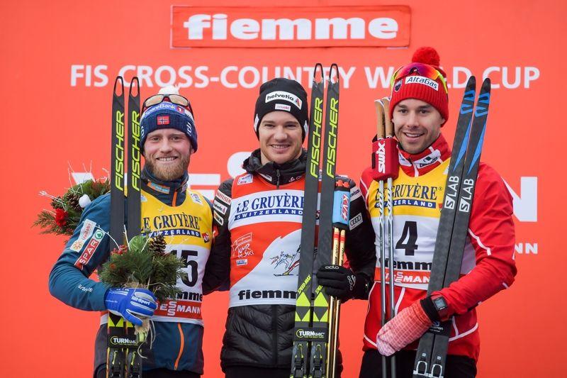 Topptrion på Tour de Ski: Tvåan Martin Johnsrud Sundby, ettan Dario Cologna och trean Alex Harvey. FOTO: Jon Olav Nesvold/Bildbyrån.