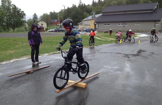 Sykkeldag ved Røsvik skole