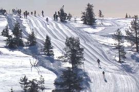 I nionde avsnittet av Worldloppet TV Magazine tar vi oss bland annat till Norge och 80-årsjubilerande Birkenbeinerrennet.