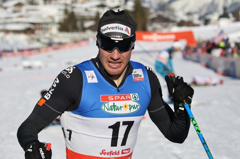 Dario Cologna visade OS-form när han vann masstarten på för-VM i Seefeld. FOTO: Mathias Mandl/Gepa Pictures.