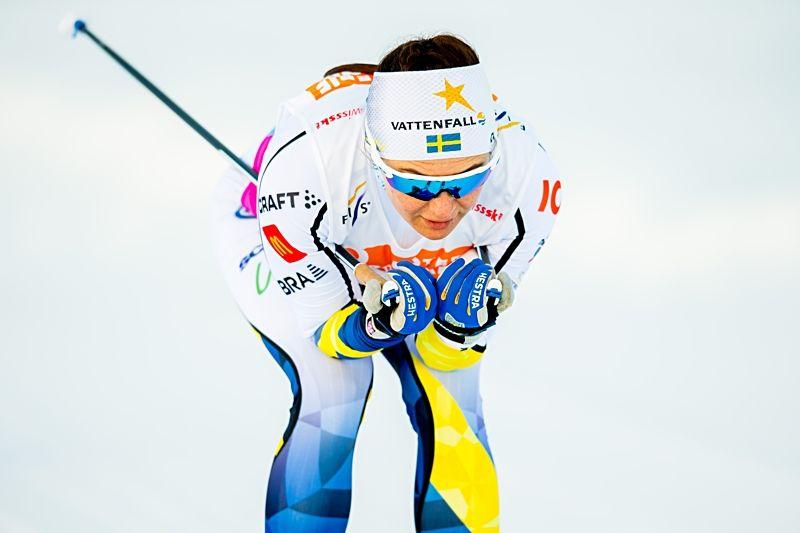 Moa Molander Kristiansen på väg mot en tiondeplats på 10 kilometer klassiskt vid U23-VM i Schweiz. FOTO: Vegard Wivestad Grött/Bildbyrån.