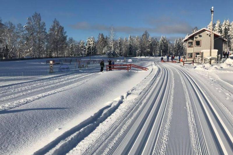 Skidstadion i Högbo förra helgen då organisationen tränade genom att genomföra ungdomstävlingen Högboskidan och Barnens Vasalopp. FOTO: Bessemerloppet.