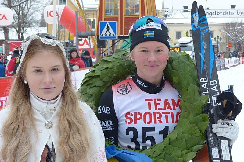 Maja Dahlqvist spurtade till seger på Kristinaloppet i Norberg på lördagen. FOTO: Johan Trygg/Längd.se.