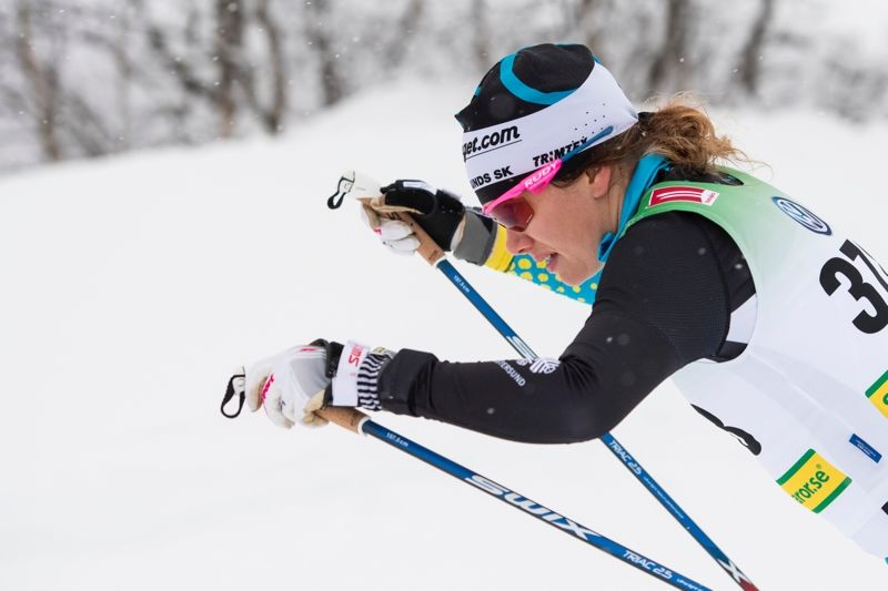 Sara Lindborg vann ICA-loppet i Åsarna. FOTO: Carl Sandin/Bildbyrån.