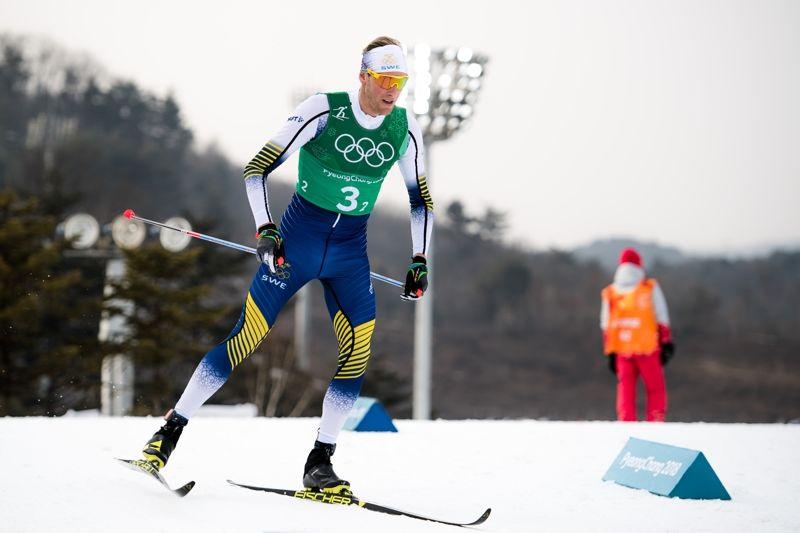 Daniel Rickardsson slet med skidor som inte fungerade på andra sträckan och växlade nästan två minuter bakom täten. FOTO: Carl Sandin/Bildbyrån.