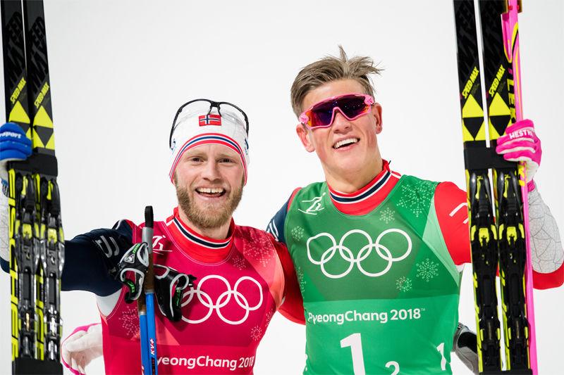 Guldduon som klarade favoritskapet: Martin Johnsrud Sundby och Johannes Hösflot Kläbo. FOTO: Petter Arvidson/Bildbyrån.