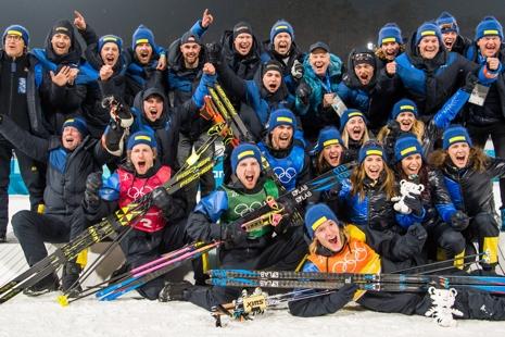 Hela det fantastiska svenska skidskytteteamet som överträffat alla förväntningar under OS. FOTO: Carl Sandin/Bildbyrån.