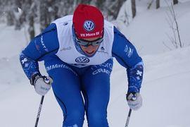 Andreas Holmberg gjorde comeback som skidorienterare och vann SM-springen två sekunder före klubbkompisen i IFK Mora OK, Andrey Lamov. Här är Andreas i längdspåret vid Gällivarepremiären. FOTO: Johan Trygg/Längd.se.