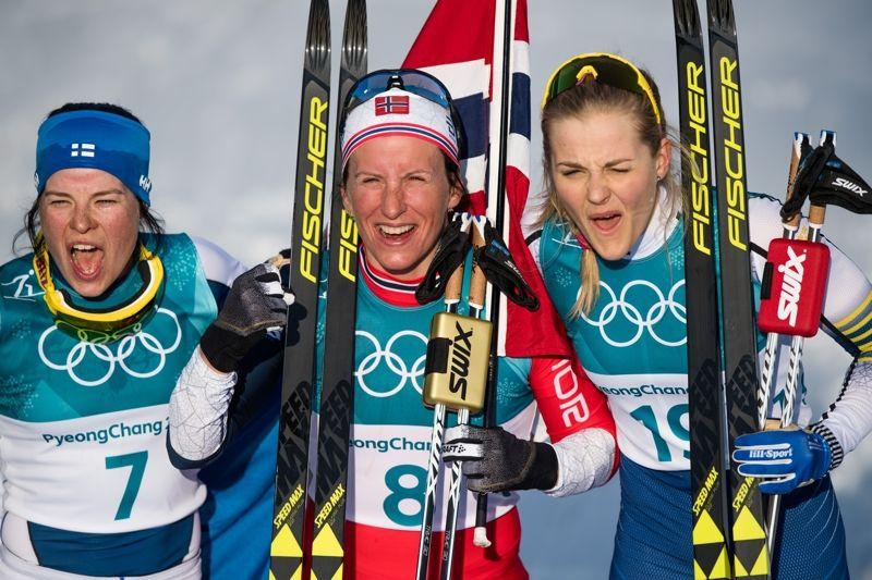 Medaljtrion på OS-tremilen: Krista Pärmäkoski, silver, Marit Björgen, guld och Stina Nilsson, brons. FOTO: Jon Olav Nesvold/Bildbyrån.