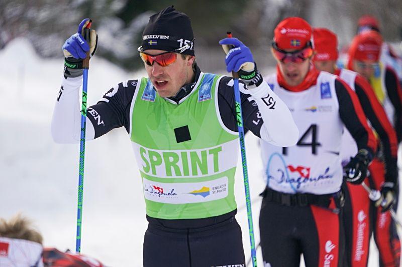 Anton Karlsson leder spurtpristävlingen i Ski Classics inför Vasaloppet i morgon men kan också bli att räkna med i kampen om slutsegern om det blir en klungspurt i morgon. FOTO: Magnus Östh.