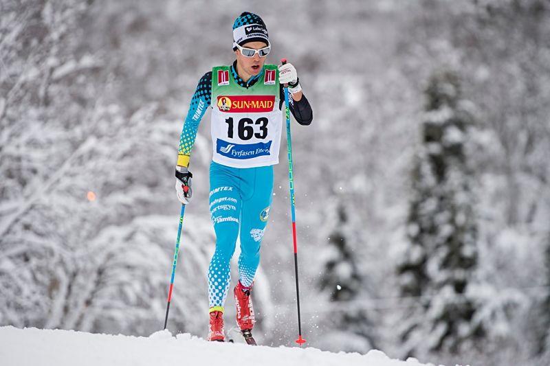 Petter Engdahl åker En riktig femmil i Sörskog veckan efter att han åkt Holmenkollens femmil nu på lördag. FOTO: Carl Sandin/Bildbyrån.