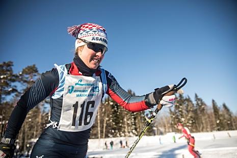 Lisa K Svensson blev historisk när hon vann tidernas första femmil för damer med individduell start. FOTO: www.adamediamedmera.se